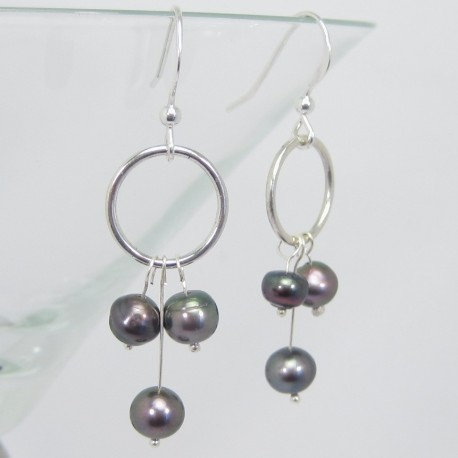 Peacock Pearl Trio Earrings.